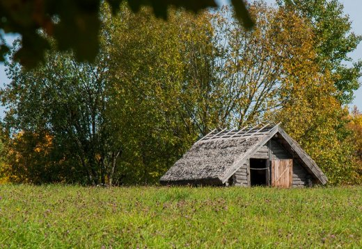 WELCOME THE AUTUMN SEASON IN BELARUSIAN SKANSEN !